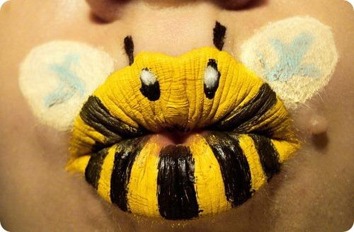 Животные на губах
