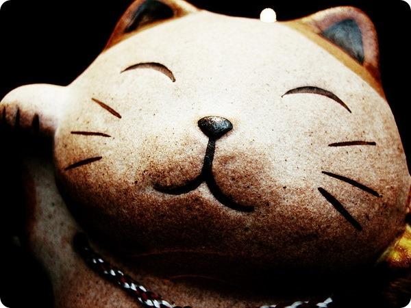 Манэки-нэко – японский Кот счастья